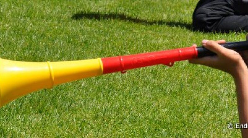 HORN Vuvuzela Gr/üne Fan Ertragen