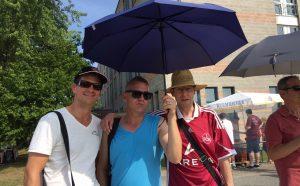 Von links nach rechts: Tom, Alex, belschanov; Fotograf: Johnny Vegas.